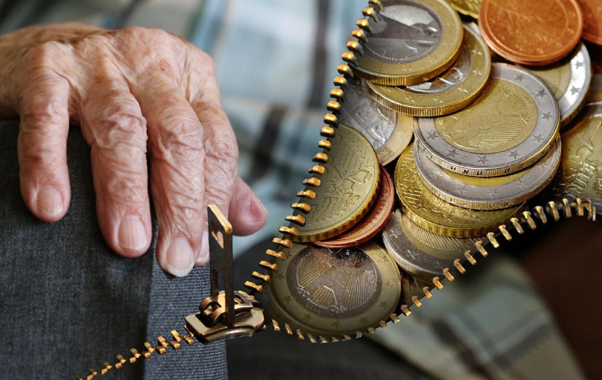 Uzná banka invalidní/starobní důchod jako příjem?