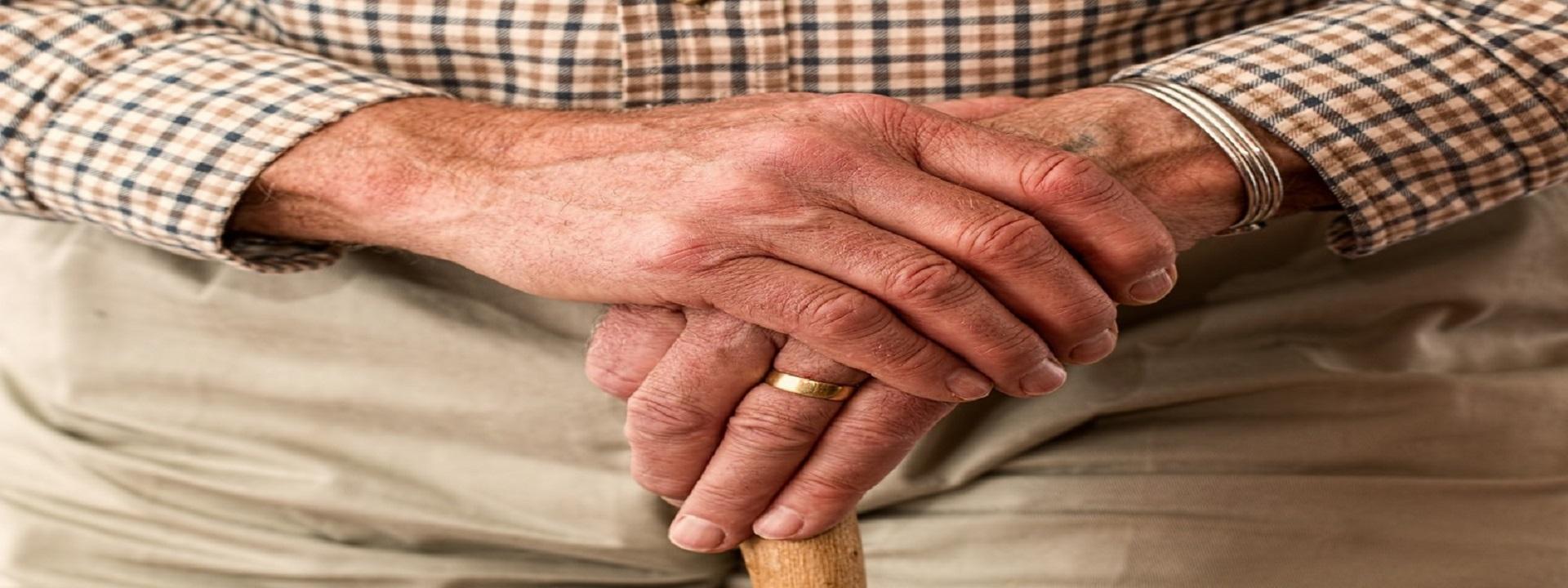 Pátrání po odpracovaných letech kvůli důchodu se vyplatí. Jak je to ale s prací načerno?